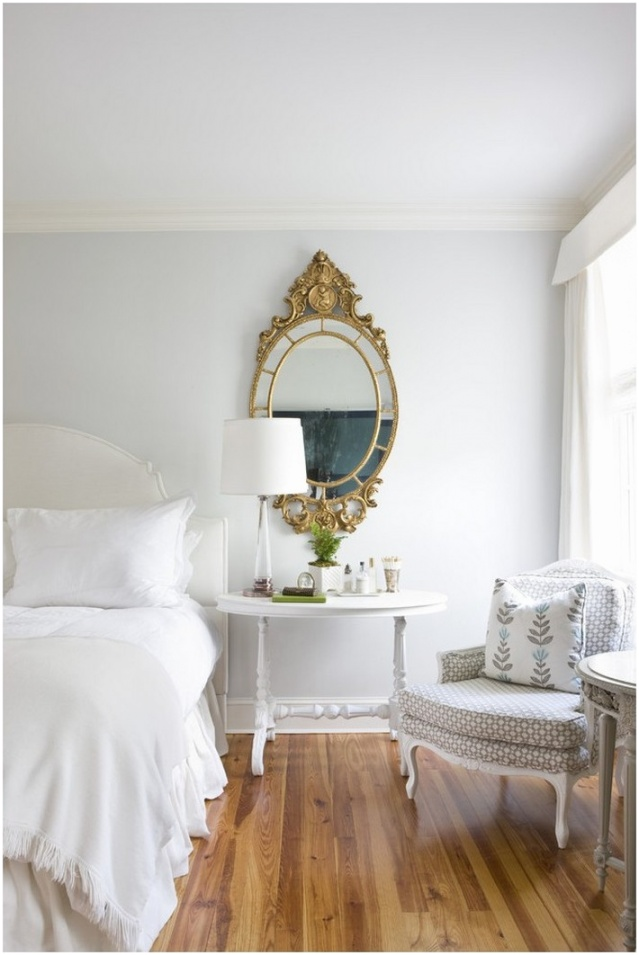 15 ways to decorate with gold mirrors bedroom 2