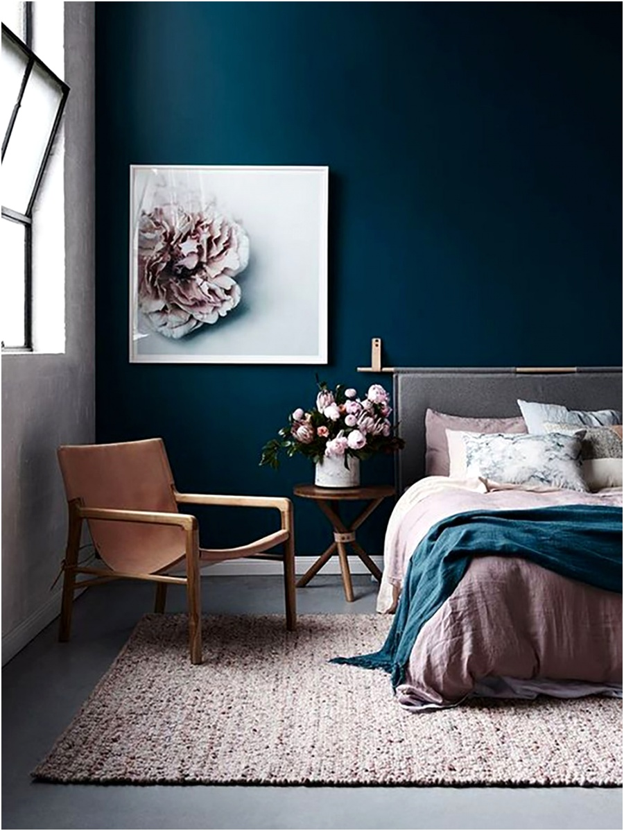 digsdigs navy blue wall bedroom 35 ideas for blue wall colour home decoration AlizsWonderland