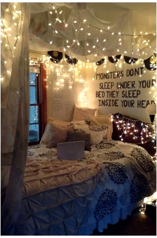 35 Simple Bedroom Decoration Ideas With Lights 2