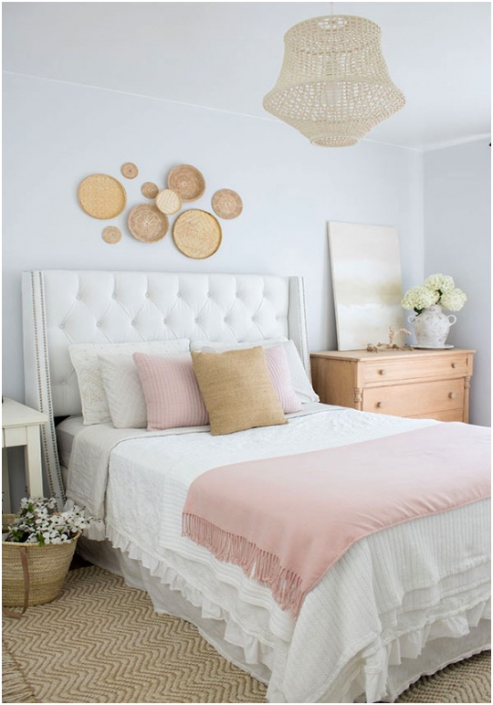 Bedroom design ideas for small rooms love the wall decor