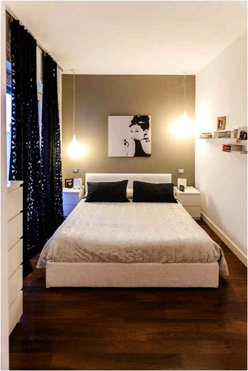 55 Amazing Small Master Bedroom Decorating Design Ideas on a Bud 37