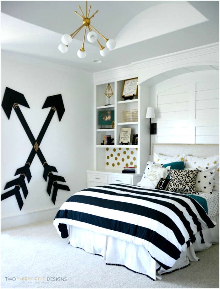 Modern Teen Girl Bedroom with Stripped Bedding