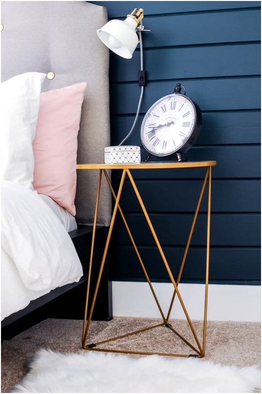 Small Bedroom Decorating Ideas on a Bud 2