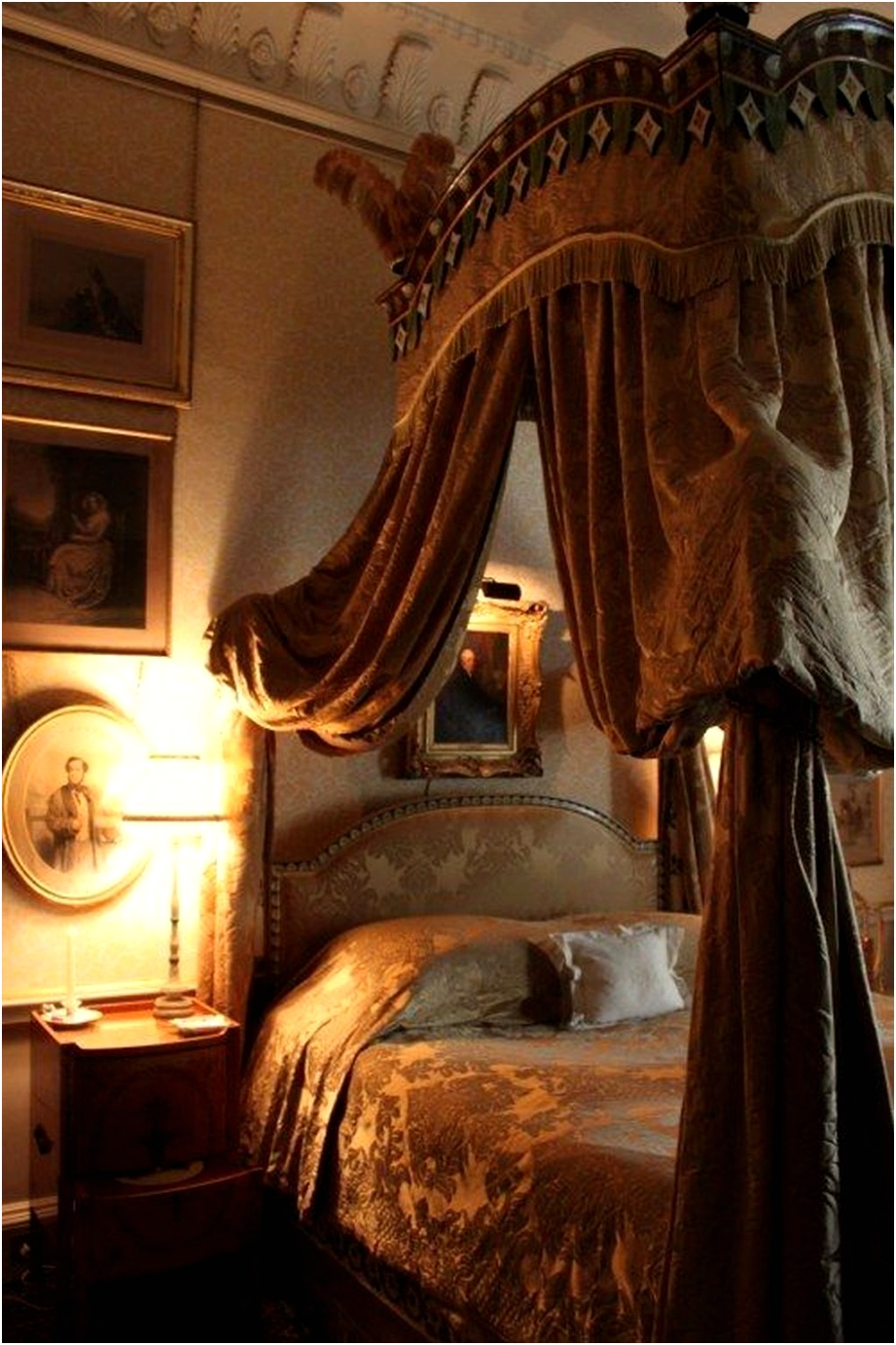 tuscan style bedroom decorative ideas that make your sleep warm04