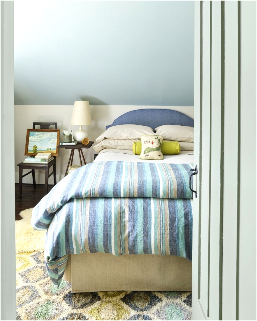 small bedroom ideas two tone walls