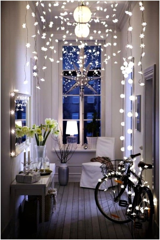 Christmas Decorating Ideas for Small Spaces 01 1 Kindesign