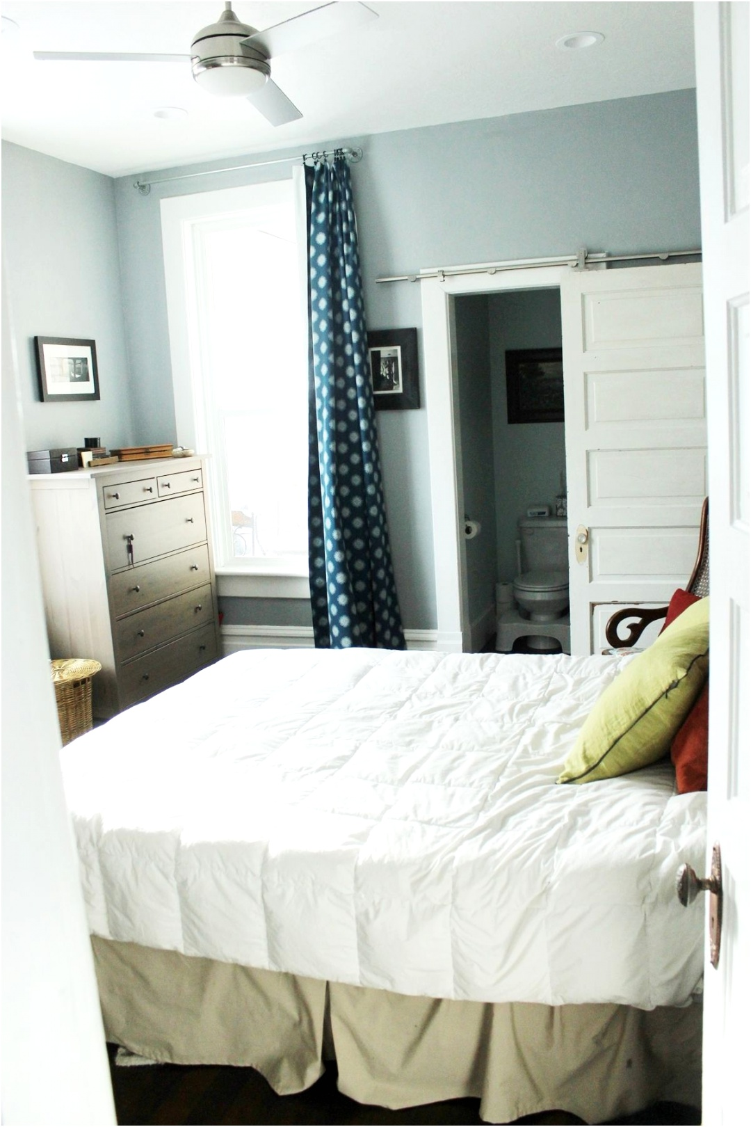 How to decorate a master bedroom colors and shape