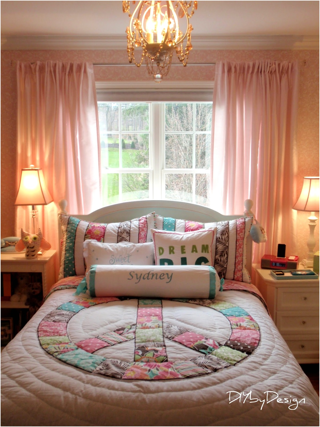 wonderful teen bedroom decor with charming bed by pottery barn teens and chic bedding plus white wooden nightstand ideas pbteen promo codes pottery barn teens bedding pottery barn edina pottery barn t JPG