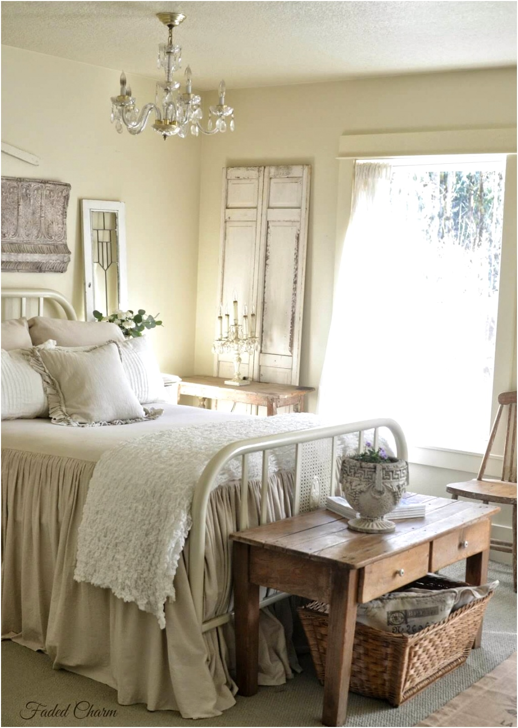 25 best romantic bedroom decor ideas and designs for 2020 4