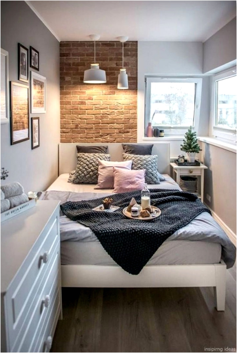 Awesome Small Apartment Bedroom