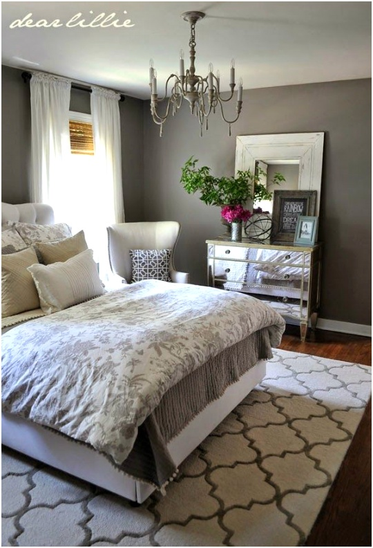 small guest room 8