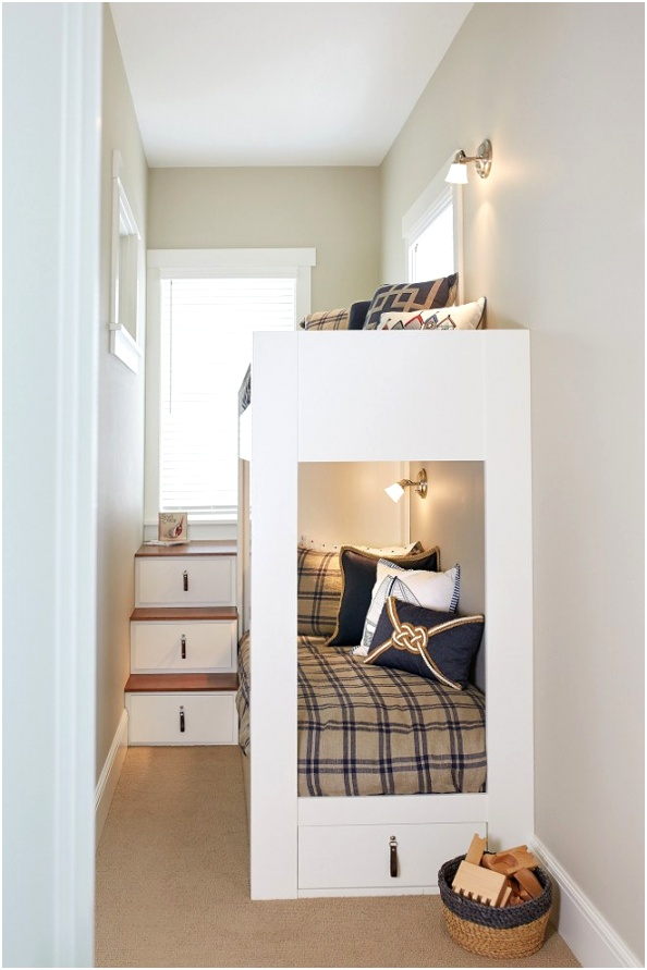 Small Bunkroom How to build a small bunkroom in a very small bedroom Small Bunkroom Ideas Small Bunkroom with custom bunk beds SmallBunkroom